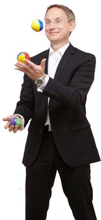 thomas_jonglierend1